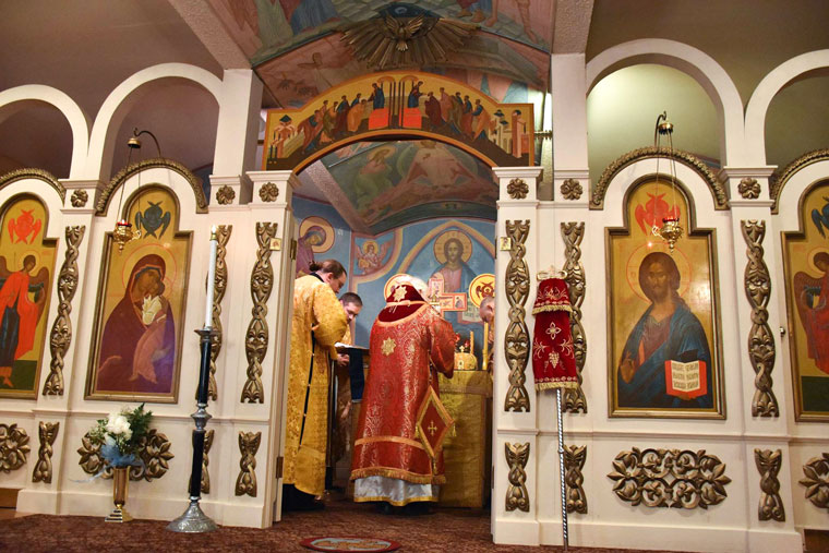 bishop-st-gregory-orthodox-iconostasis